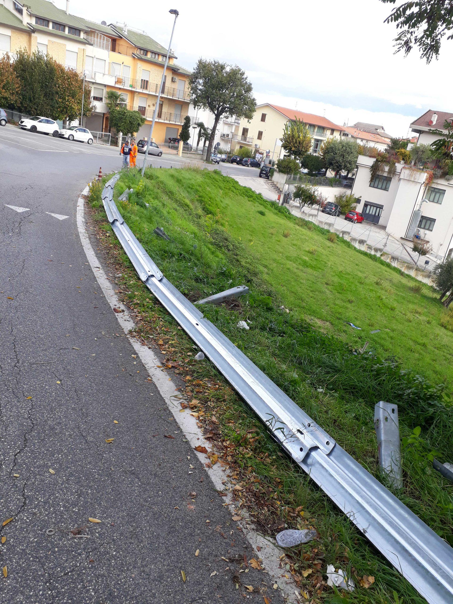 Ripristino strada post incidente Montegranaro (Fermo)