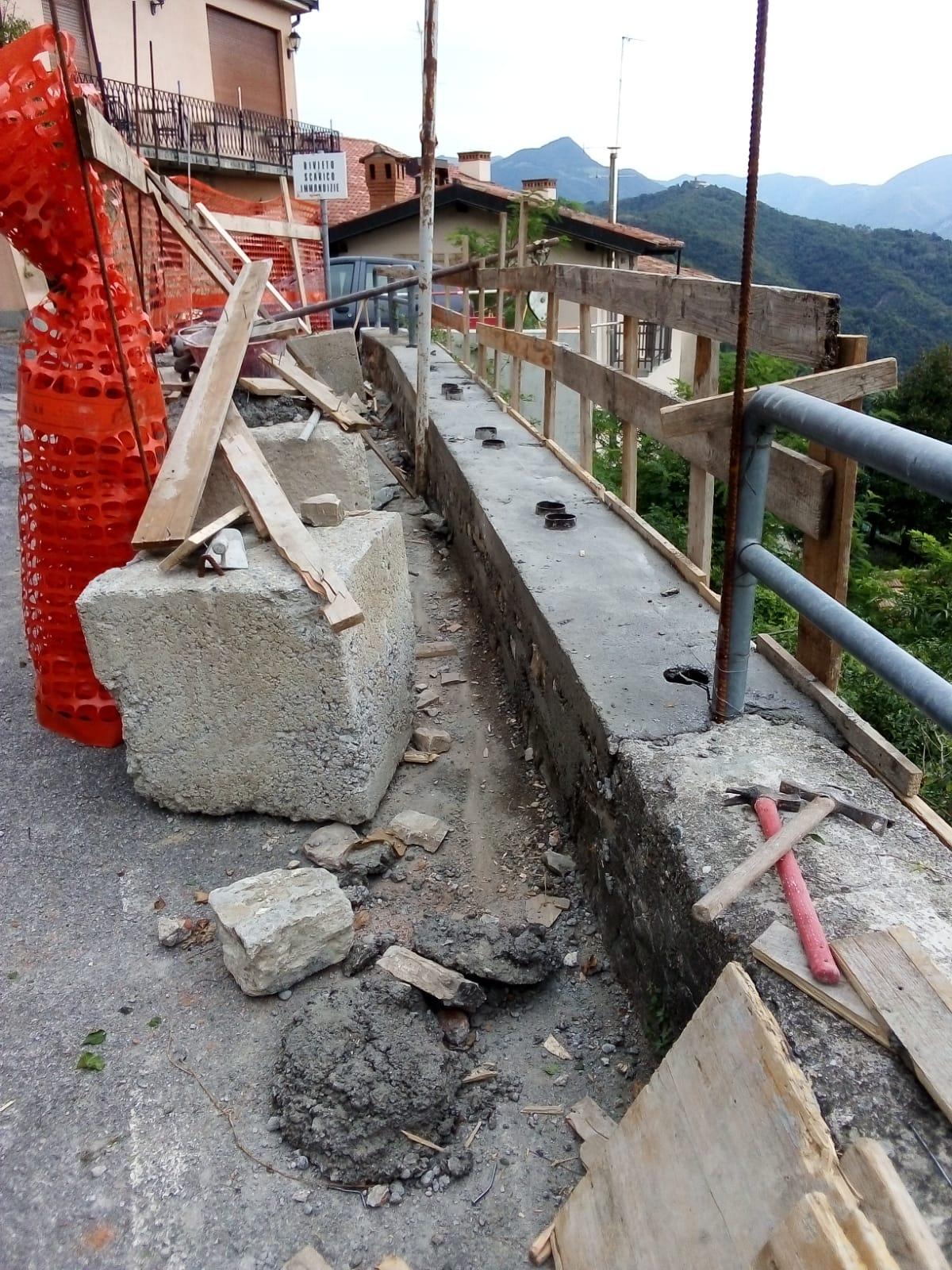 Ripristino arredo urbano post incidente Gandosso (Bergamo)